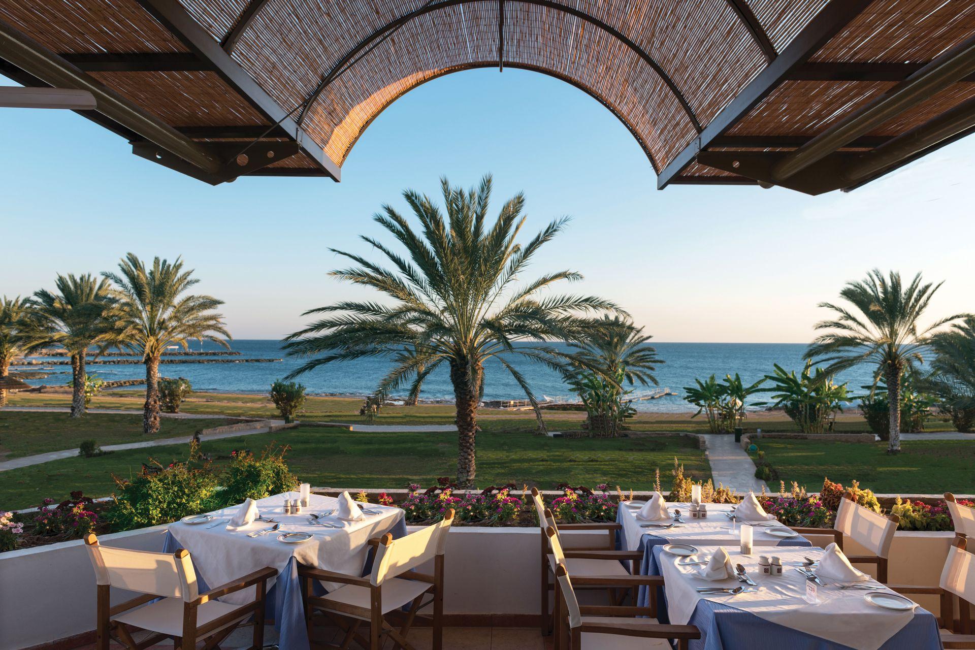 _15 athena royal beach hotel pygmalion restaurant_resized