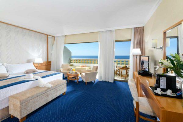35-ATHENA-ROYAL-BEACH-HOTEL-JUNIOR-SUITE-SV