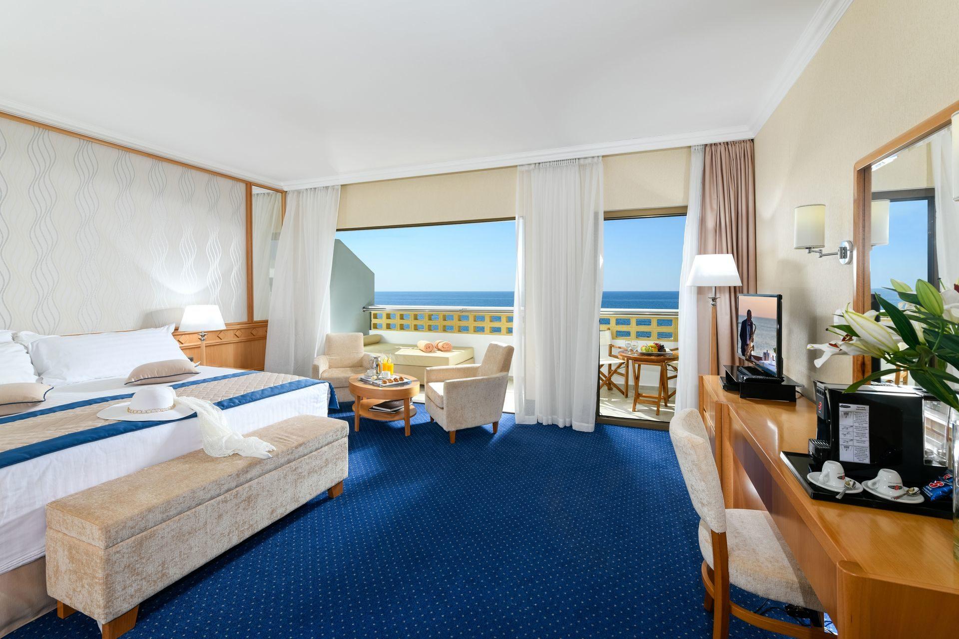 _athena royal beach hotel junior suite sv_resized