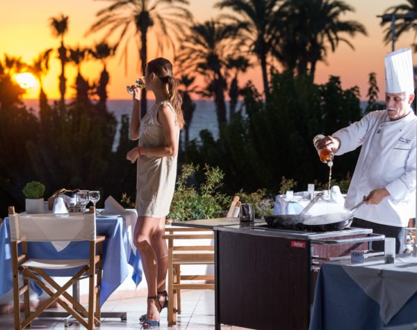 _athena royal beach hotel pygmalion restaurnat- flambe_resized