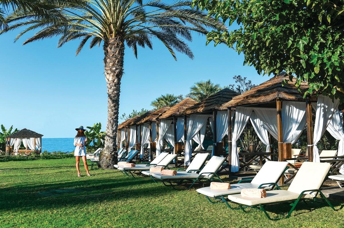 11 ATHENA ROYAL BEACH HOTEL CABANAS