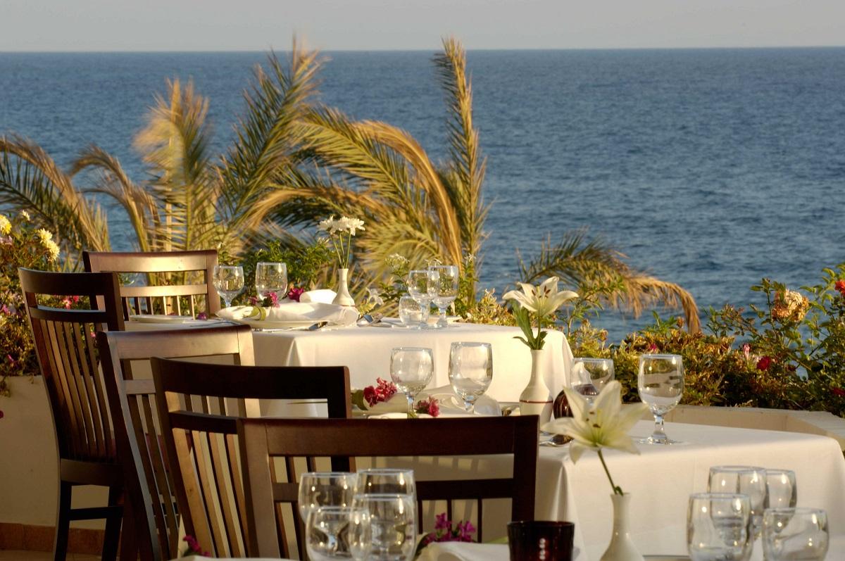 16 ATHENA ROYAL BEACH HOTEL PYGMALION RESTAURANT