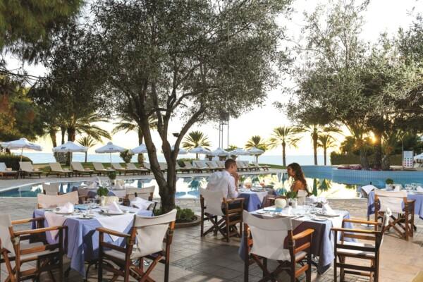 19 ATHENA ROYAL BEACH HOTEL OLIVE TREE RESTAURANT