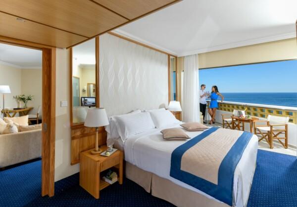 38 ATHENA ROYAL BEACH HOTEL EXECUTIVE ONE BEDROOM SUITE FSV